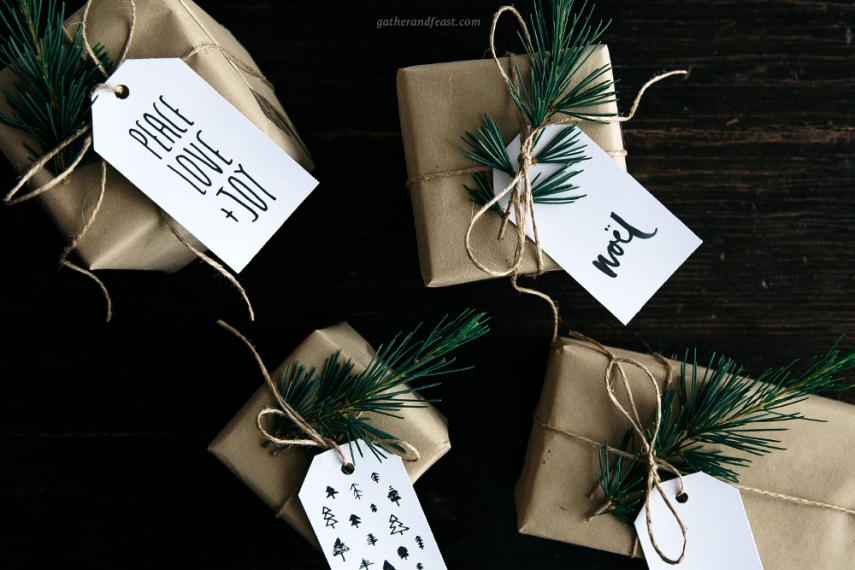 christmas-gift-tags-neutral-above.jpg